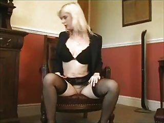 blond ihre Pussy masturbieren