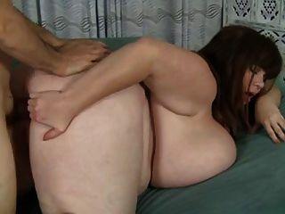 süße Mutter & ihre erstaunliche riesigen natürlichen Brüste!