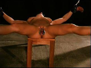Muschi Folter