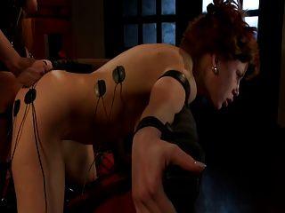 Rotschopf wird brutal einen Stromschlag, gefoltert und gefickt (jltt)