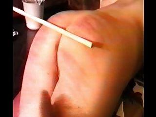 Frau geprügelt und dann mit einem Gurt gefickt auf