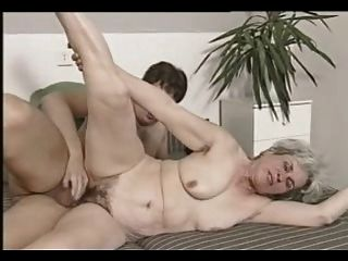 grauen Haaren Oma Dreier