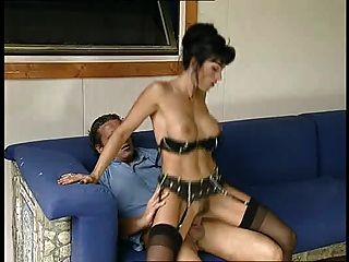 nuvola nera wird in den Arsch (von Satanika) gefickt