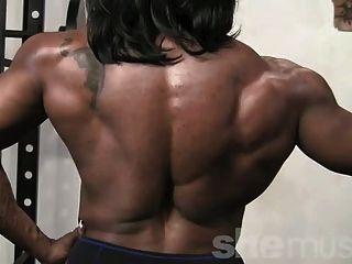 Ebenholz weibliche Muskel