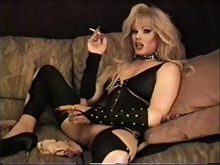 lisa dupree - Rauchen und Streicheln