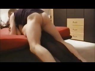 hot MILF bekommt schmerzhaft anal auf hausgemachtes