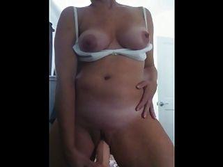 Selbst taped MILF Masturbation