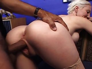 nuttig blonde MILF in double action ... usb