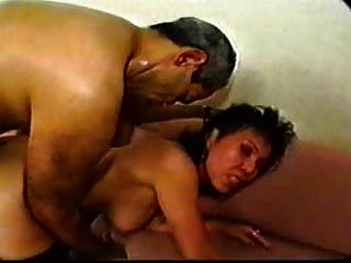 sdruws2 - asiatische reifen Hotelangestellten anal und Gesichts-