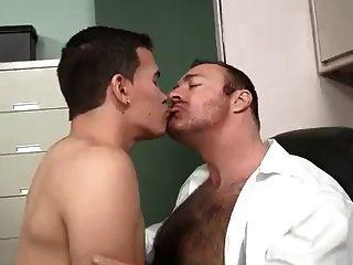 sugar daddy Bär und seine Loverboy