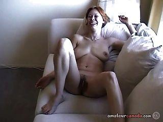 vollbusige wifey kanadische Cassie Amateur-Porno-haarige Masturbation