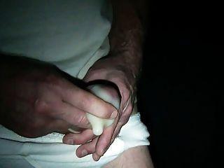 einer meiner großen Lasten in einem Kondom Schießen (Anfrage)
