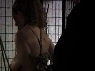 Bondage und Aussetzung