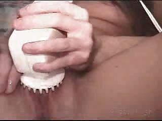 hot Amateur m.i.l.f von ihr bf Beim Masturbieren erwischt