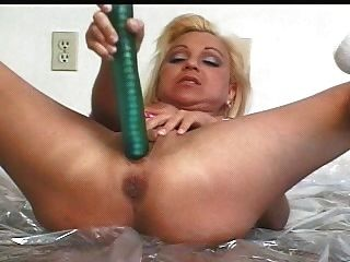mila - der Esel-prolapsing & spritz Hottie (von SNC)