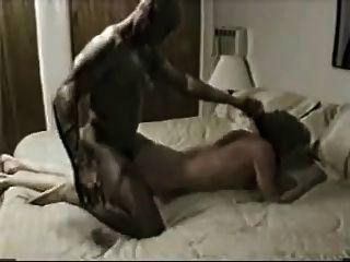 Frau härter von schwarzen männlichen gefickt und sie Cums viel!