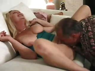 reife Frau ist immer noch ein pervertieren