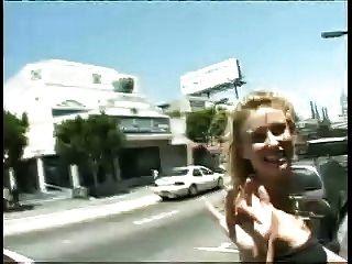 blonde Schlampe - public Gesichtsbesamung Spaziergang