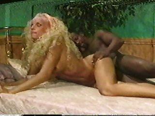 jean Afrique & ray Sieg - Schlafzimmerszene