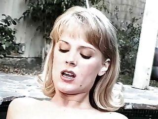 jennifer avalon und rebecca Herren - Whirlpool Sex