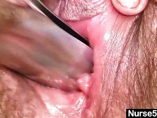 reife Mutter karin zeigt haarige Pussy extreme off