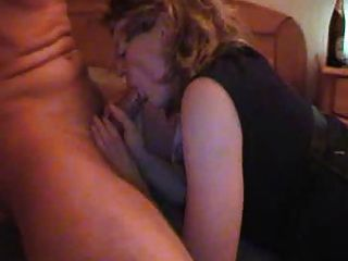 Private Sexparty im Haus mit blonde Schlampe Milf