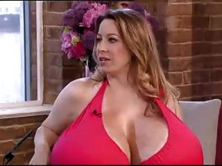 Chelsea Charms riesigen Titten Interview