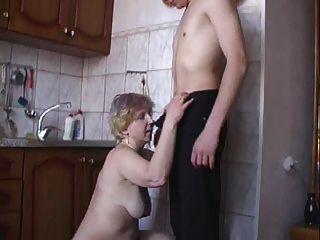 ira fickt in der Küche