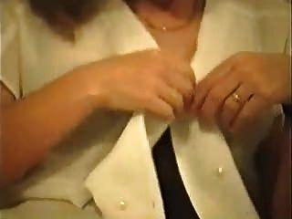 geile Frau in Strümpfen und Fersen Solo