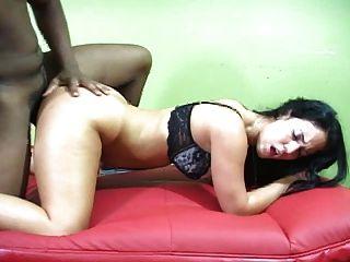 sexy Amateur mit verrückten Kurven