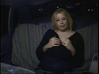 geil Fett molliges Mädchen Party in Taxi Masturbieren
