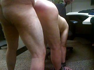 Sex mit meiner Schlampe. sie hat einen großen Esel zu peitschen!