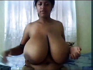 indian riesigen riesigen Titten Masturbation Amateur