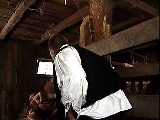 Dorfmädchen von zwei Jungs gefickt