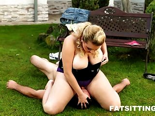 big-Titted domme Kristy Gesicht einen Mann sitzt