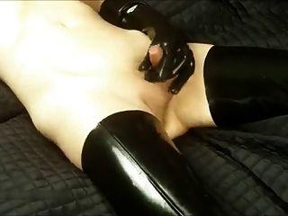 Transvestiten Latex Masturbation