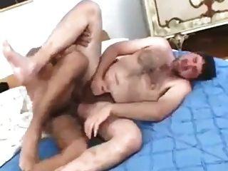 arab Vater mit Döbel Chef