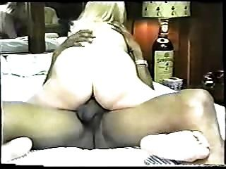 klassische hausgemachte interracial cuckold mit sexy blonde