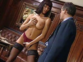 anita blonde verführt ihren Chef