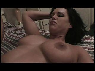 big tits Hottie bekommt ihren Arsch schlug