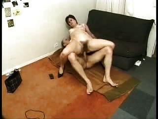 Mama liebt es zu Buttfuck