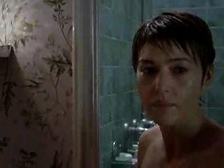 Monica Bellucci nackt in le concile de pierre