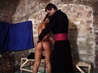 Nonne bei der Arbeit 3 