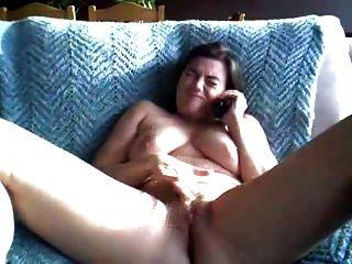 mollig Doppel Orgasmus durch Telefon-Sex
