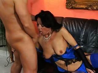 huren omas - Dame in Blau