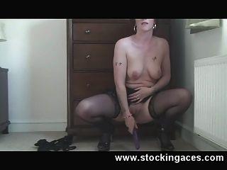 Hausfrau fucking pussy
