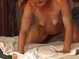 haarige reife türkische Frau mit kleinen leer schlaffe Brüste 2