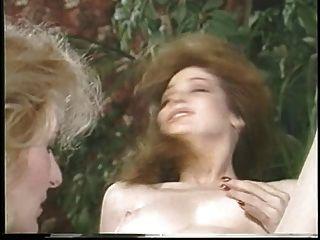 jacqueline Larians Verführt und martubates dann ein heißes Mädchen und ihre Muschi lecken