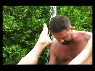 Bareback - follando en un Schlinge aire libre