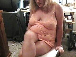 schmutzige Oma auf cam furzen
